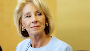 betsy devos is getting so many threats she u0027s costing taxpayers 1