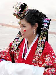 Nunta Traditionala in Coreea Images?q=tbn:ANd9GcTq_fGELUYRgKawWXSmZKFxGbM9gg8b9o3j2GecyyPVESuc2WpTug