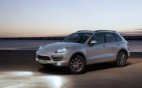 Porsche Cayenne Towing Capacity - 2012 porsche cayenne reviews and rating motor trend