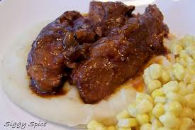 siggy spice crock pot bbq country ribs with beer braised onions