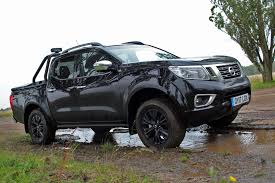 nissan np300 navara 2 3dci 190ps double cab pick up trek 1 4wd