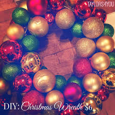 taylors4you christmas wreath with ornaments