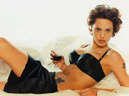 Angelina Jolie Laying In Bed With A Wine 1 1600x1200