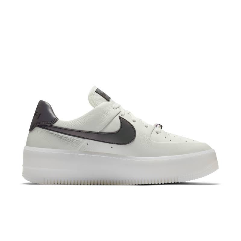 Nike Air Force 1 Sage Low LX Shoe