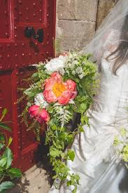 Flowers Winchester - wedding flowers from wildbunch florist winchester and
