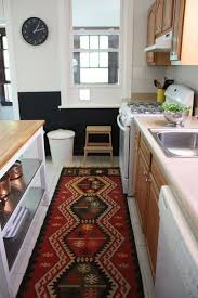 Decorating A Rental Home Best 25 Rental Kitchen Ideas On Pinterest Small Apartment