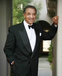 1939: Lamonte McLemore, founder and vocalist with the Fifth Dimension,