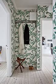 Wallpapers Designs For Home Interiors by Best 25 Green Wallpaper Ideas On Pinterest Green Floral