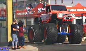 bigfoot monster truck wiki big king xxl monster trucks wiki fandom powered by wikia