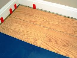 Laminate Flooring No Transitions How To Install A Laminate Floating Floor How Tos Diy