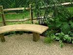 Choosing <b>Garden Benches</b> for Your Home