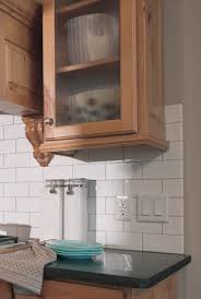 Molding On Kitchen Cabinets Light Rail Molding For Kitchen Cabinets History U0026 Modern Styles