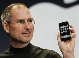 Steve Jobs Resigns as Apple