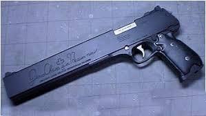 Armas de Alucard Jackal1qw5