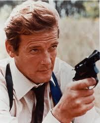 007 (a franquia) Roger-moore