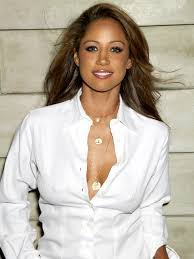 Actress Stacey Dash Announces