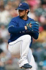 File:CJ Wilson - blue glove.