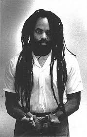 http://t1.gstatic.com/images?q=tbn:Nnk5N87finpK6M:http://www.secoursrouge.org/dos/dos_mumia/mumia_enchaine.jpg