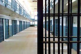 Ilustrace k článku: Bývalý vězeň říká, že Guantánamo bylo lepší, než slovenský tábor (Novinky)