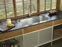 المطبخ مرآة يعكس نظافة سيدة