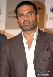 What ego? Akki is my biggest inspiration! :  Suniel Shetty,