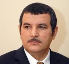 مدير قناة المستقلة محمد الهاشمي ينطق بالكفر جهرة أمام التلفزة ومشايخ  ورؤوس الوهابية  يقرون ذلك