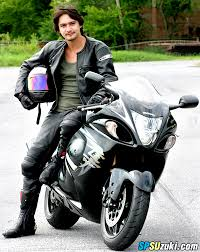 อนันดา เอเวอร์ริ่งแฮม กับ ซูซูกิ บิ๊กไบค์ (Ananda Suzuki Big Bike)