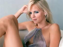 Anna Faris to star in Sacha