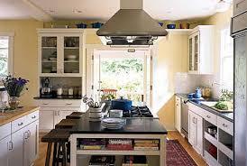 Little kitchen island