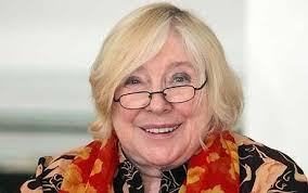 Fay Weldon: I advise women