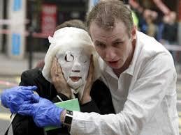 Ilustrace k článku: LONDÝN: Žena z fotografie z teroristických útoků na metro po pěti letech poprvé promluvila (TV Noviny)