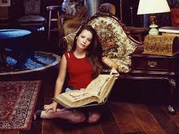 Piper Halliwell Holly_marie_combs_24-1024