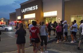 outside LA Fitness