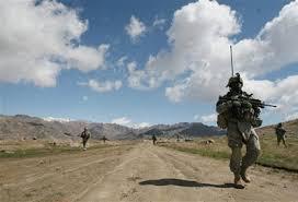 Pourquoi l'armée française doit quitter l'Afghanistan ? thumbnail