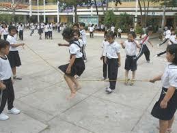"""<a href=""""/tin-tuc-su-kien/hoat-dong-ngoai-gio-len-lop"""" title=""""Hoạt động ngoài giờ lên lớp"""" rel=""""dofollow"""">Hoạt động ngoài giờ lên lớp</a>"""