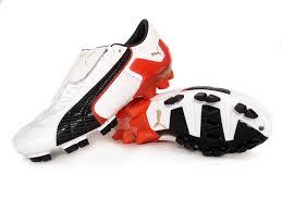 http://t1.gstatic.com/images?q=tbn:tBDBl3aXeFZ6RM:http://www.soccerbootsblog.com/wp-content/uploads/2008/06/puma_v-konstrukt_ii_gci_firm_ground.jpg&t=1