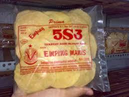 "Emping melinjo dalam rangka menyemarakkan ""Kenali dan Kunjungi Objek Wisata di Pandeglang"""