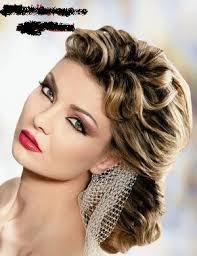 تسريحات شعر لأحلى بنات oA928244.jpg