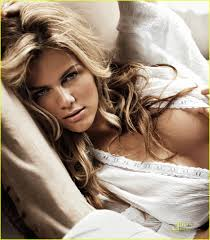 brooklyn decker gq magazine 02