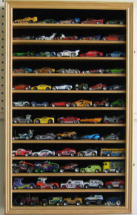 hw04-oak Hot Wheels / Pixar Cars / Matchbox