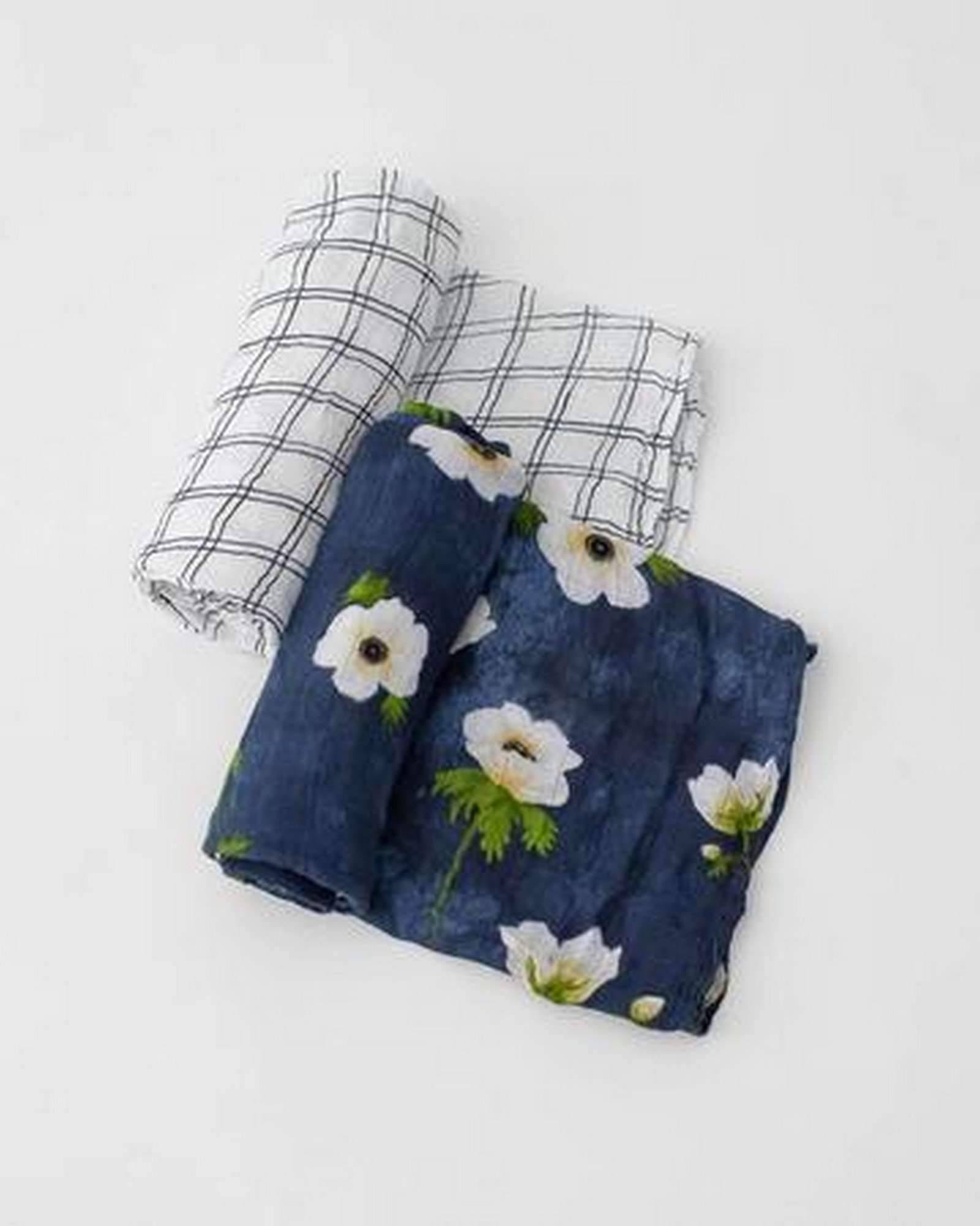 Deluxe Muslin Swaddle 2-Pack in White Anemone by Little Unicorn