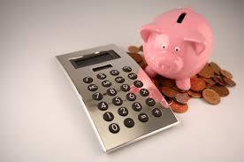 Sparetips | Gå gjennom økonomien din - du vil bli forundret over hvor lett du også kan spare relativt mye penger med enkle grep!