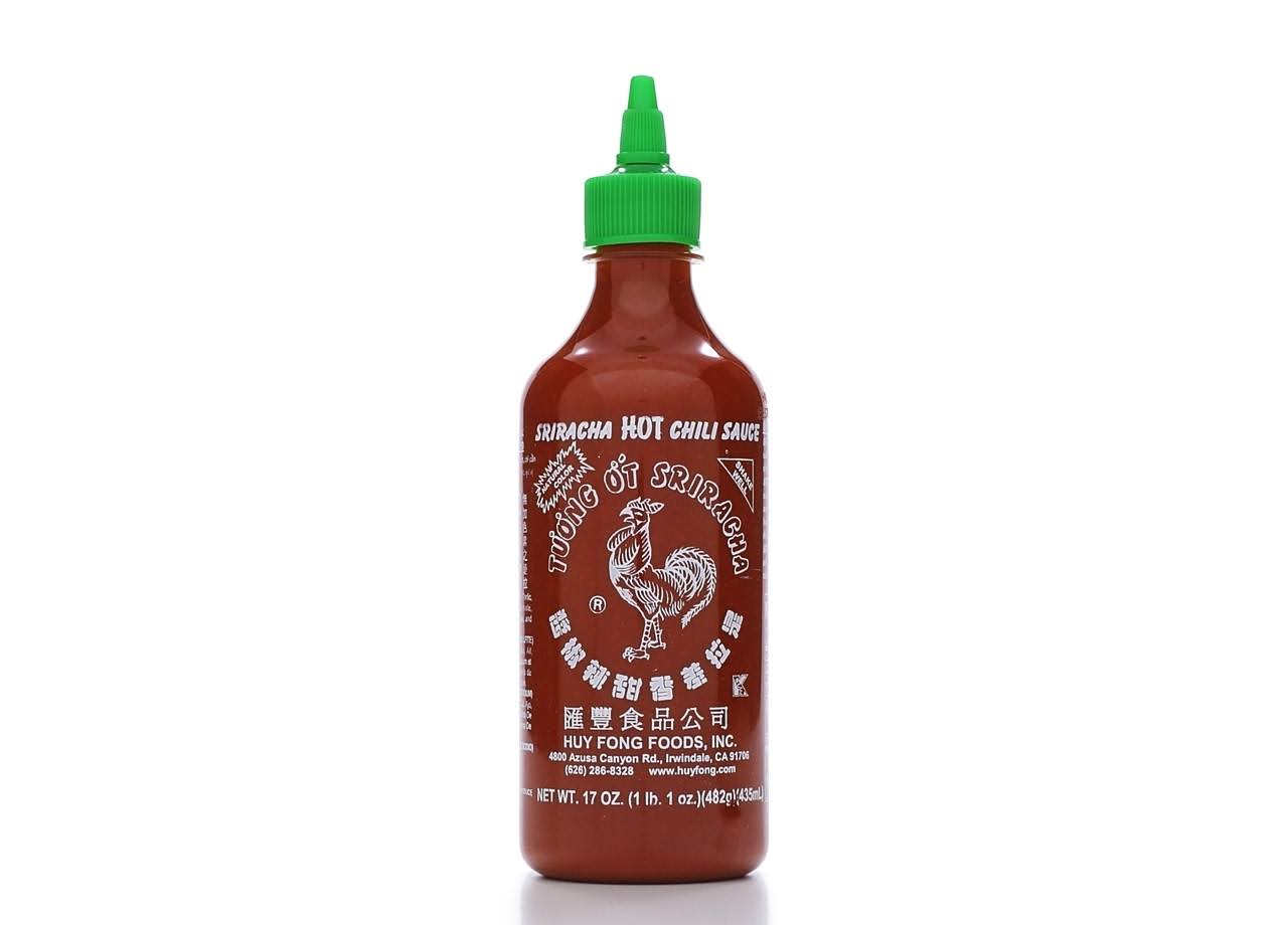 Huy Fong Sriracha Hot Chili Sauce - 17oz