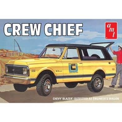 AMT 1972 897 Chevy Blazer Crew Chief - 1:25 Scale