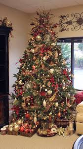Frontgate Christmas Trees by Christmas Tree With Baskets Of Ornaments I Like The Idea Of The