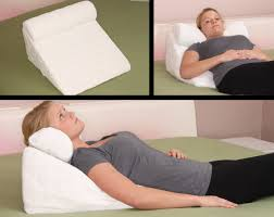 Jobri Spine Reliever Bed Wedge by Wedges And Bed Positioners Memory Foam Wedge Pillows Sleep For