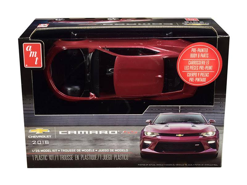 Amt 1020 2016 Chevy Camaro Plastic Model Kit - 1:25 Scale