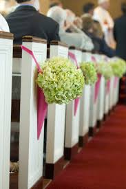 Shabby Chic Wedding Decorations Uk by Church Pew End Flowers And Wedding Decorations Church Pew And