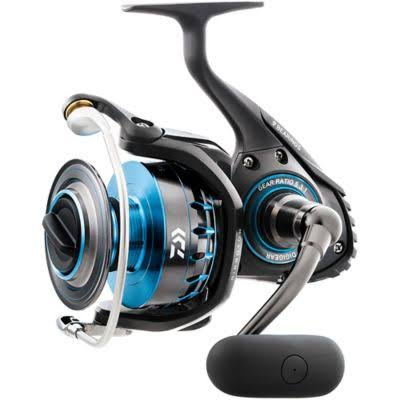 Daiwa Saltist 8000 Heavy Action Spinning Reel