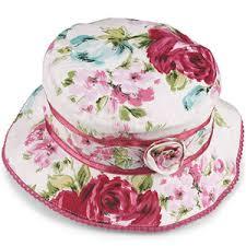 قبعات فخمة للبنات images?q=tbn:ANd9GcQ